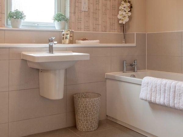 Castleton Bathroom - new build houses for sale